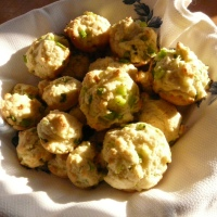 Quick & Easy Side: Scallion Mini-Muffins
