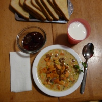 A Taste of Autumn: Sweet Potato Corn Chowdert